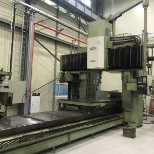 USED DOUBLE COLUMN MACHINE OKUMA MCR-20B